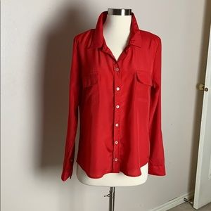 Romeo and Juliet Couture red button down blouse